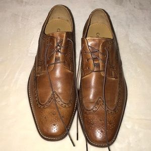 New Cole Haan men's wingtip oxfords. NO Box
